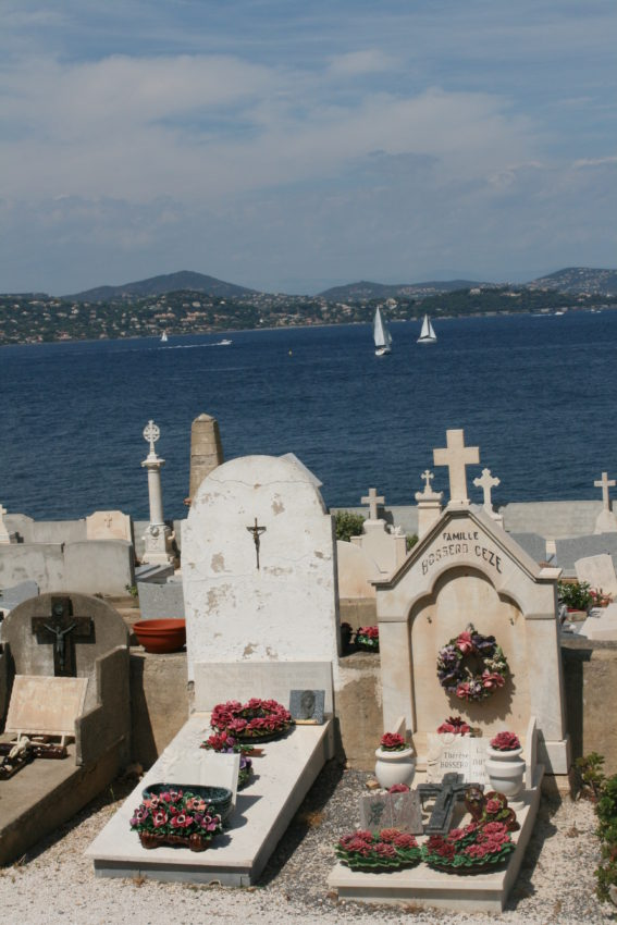 Even the dead have a view in Saint-Tropez.