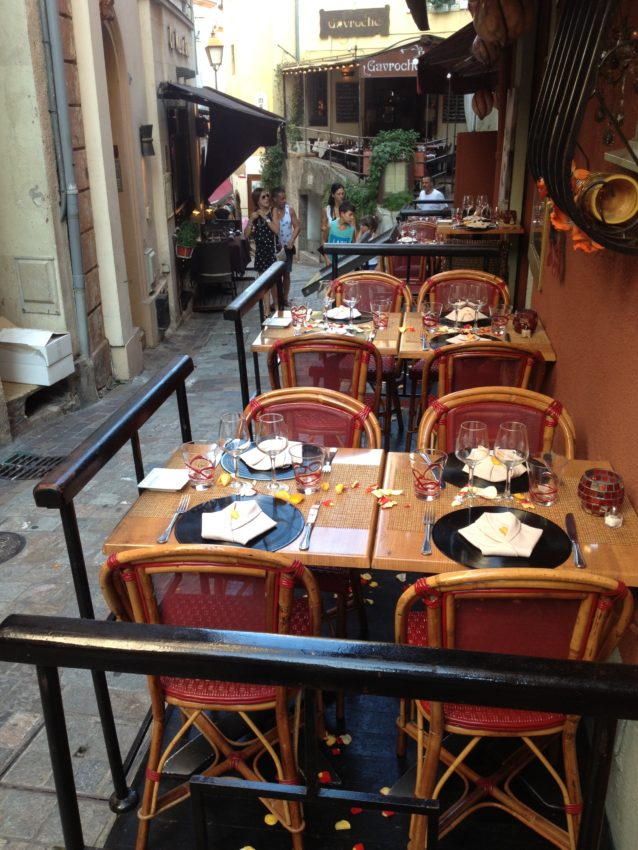 Rue Saint Antoine, Cannes' gastronomic alley.