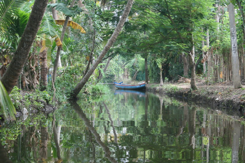 The Backwaters consists of five lakes and 38 rivers.