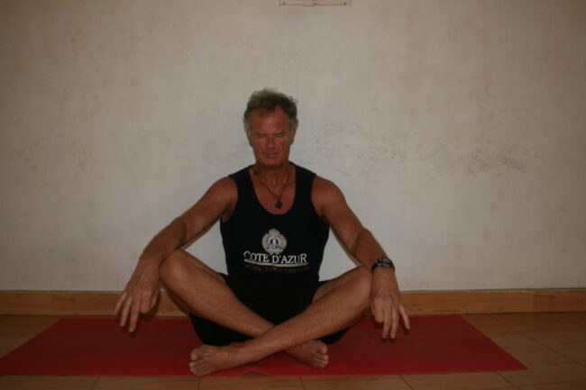 Meditation is the art of emptying one's thoughts. This is me trying not to think of killing former bosses.