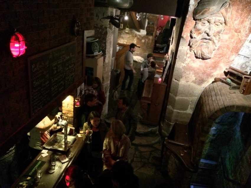 La Venus Noire (Black Venus) is a dive bar on a back alley in the bowels of the Latin Quarter.