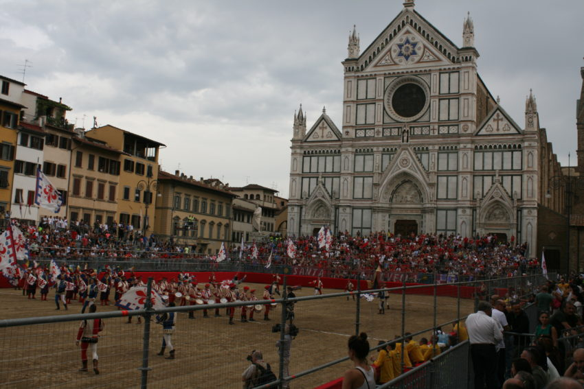 Piazza di Santa Croce with the Basilica di Santa Croce in the background before the game.