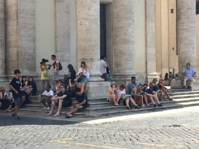 Tourists recovering from Wednesday's 93-degree heat and 50 percent humidity in Piazza del Popolo.