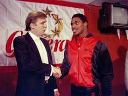 Trump with New Jersey Generals running back Herschel Walker.