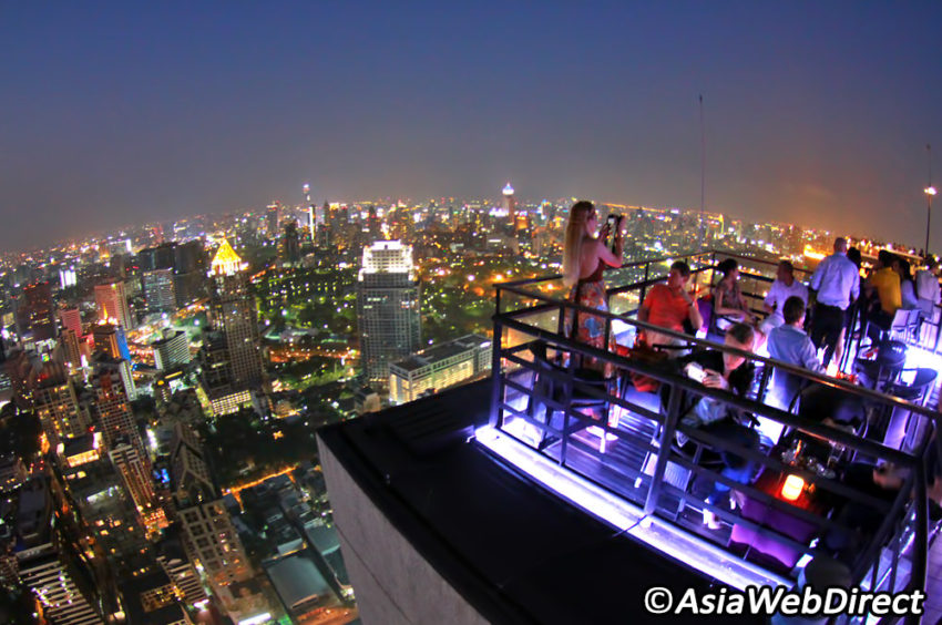The Moon Bar occupies the 63rd floor of the Banyan Tree Hotel.