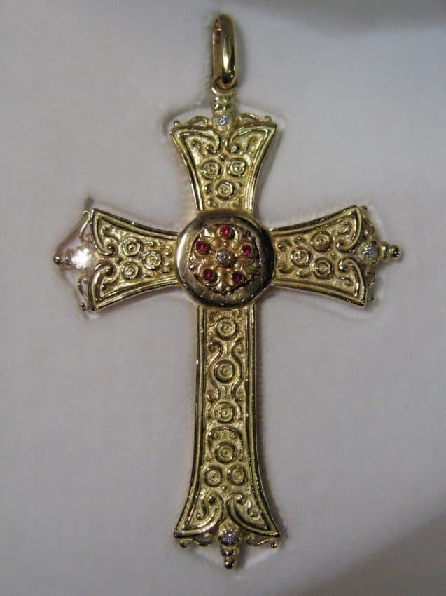 The gold cross Paolo made for Pope Benedetto XVI.