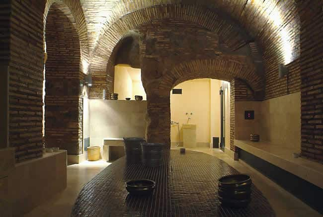AcquaMadre's tepidarium is where you start your thermal bath.