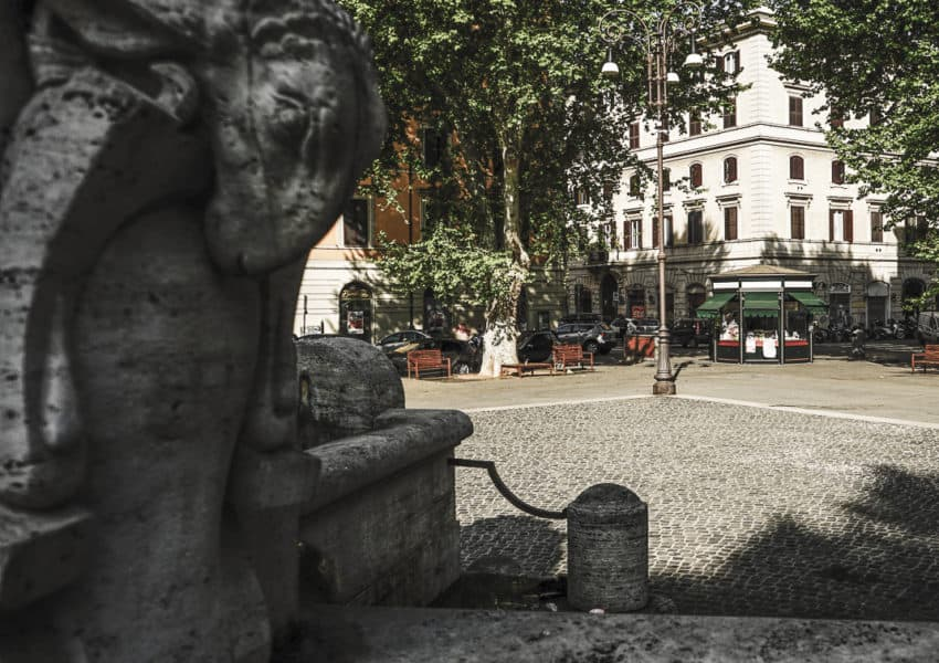 The Fontana delle Anfore in Piazza Testaccio. Photo by Marina Pascucci