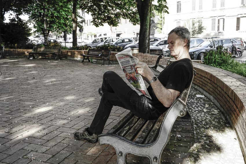 Reading my Corriere dello Sport in my neighborhood was a daily ritual over the last four years. Photo by Marina Pascucci