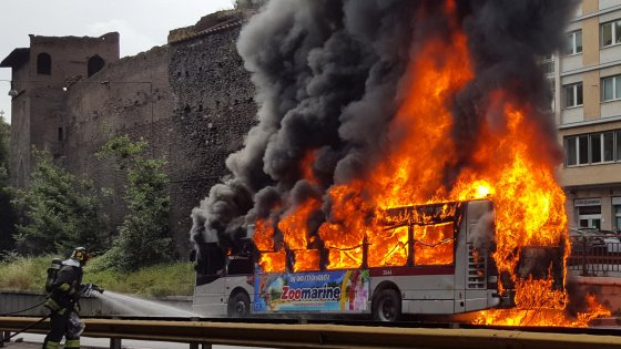In 2 1/2 years, 46 buses have caught fire, just one of many public transportation problems in Rome. Repubblica Roma photo