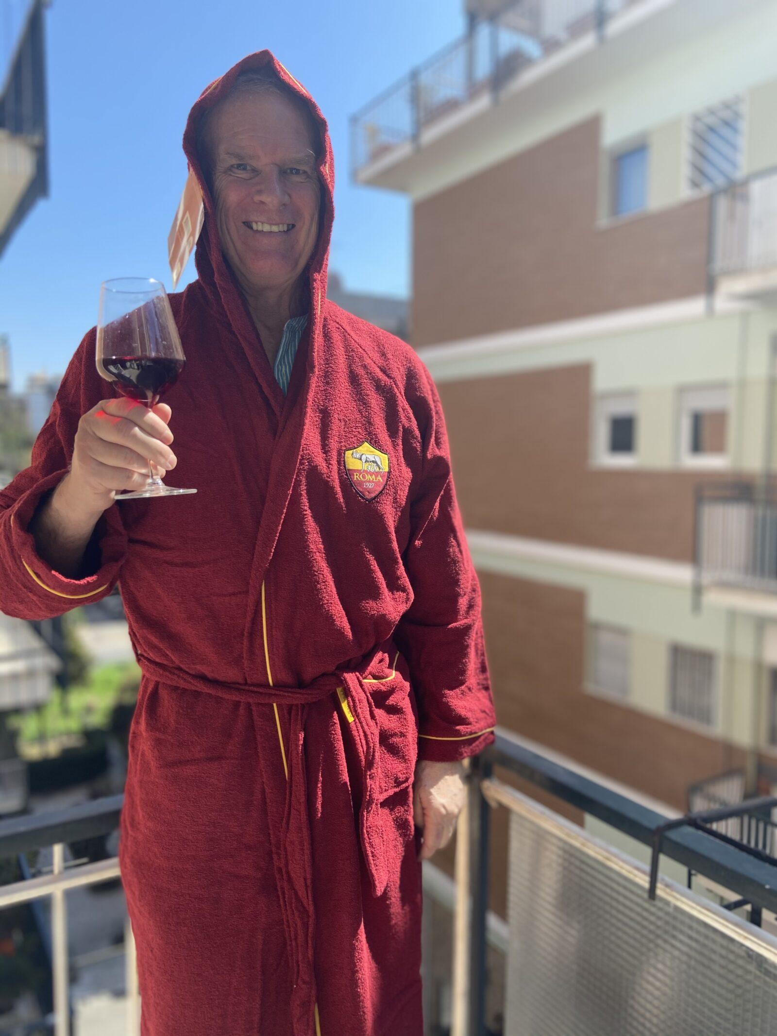 Marina gave me a new A.S. Roma bathrobe among many gifts.