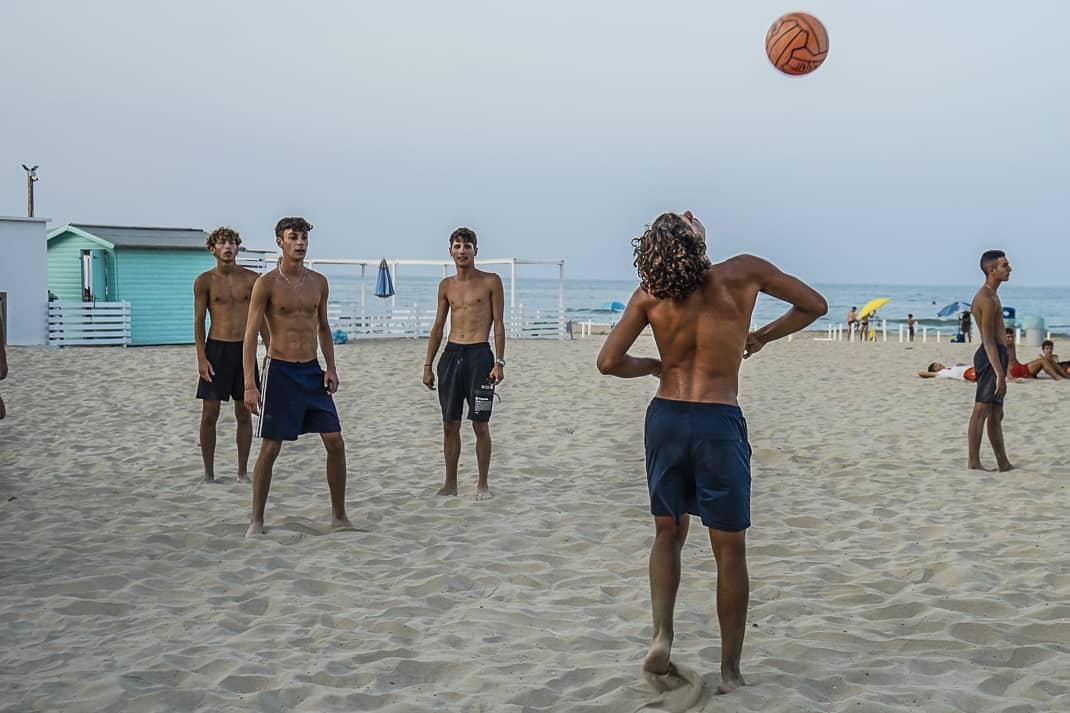 Lots of activity along Tortoreto Lido's 4-kilometer-long beach.